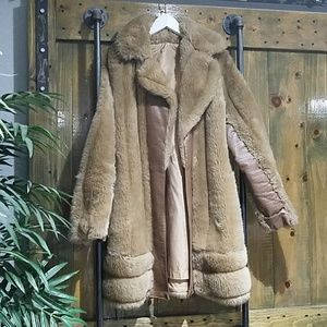 VINTAGE CAMEL FAUX FUR TRENCH COAT